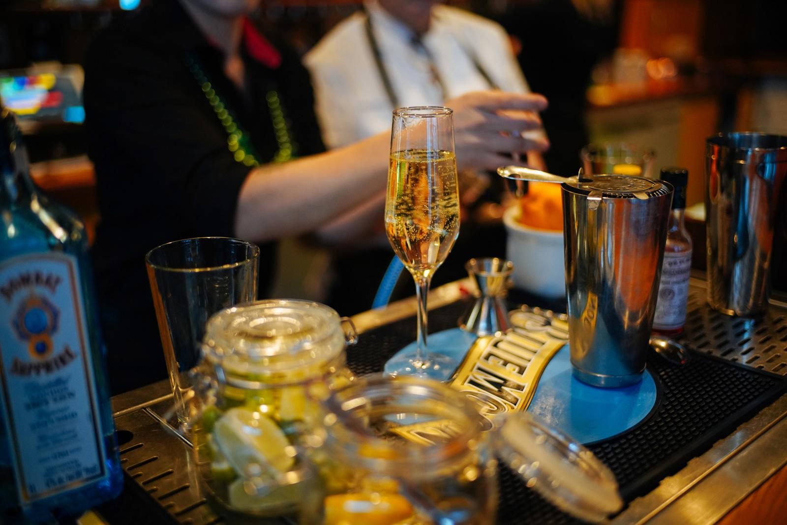 bartender bar tsaina lodge valdez alaska heliskiing