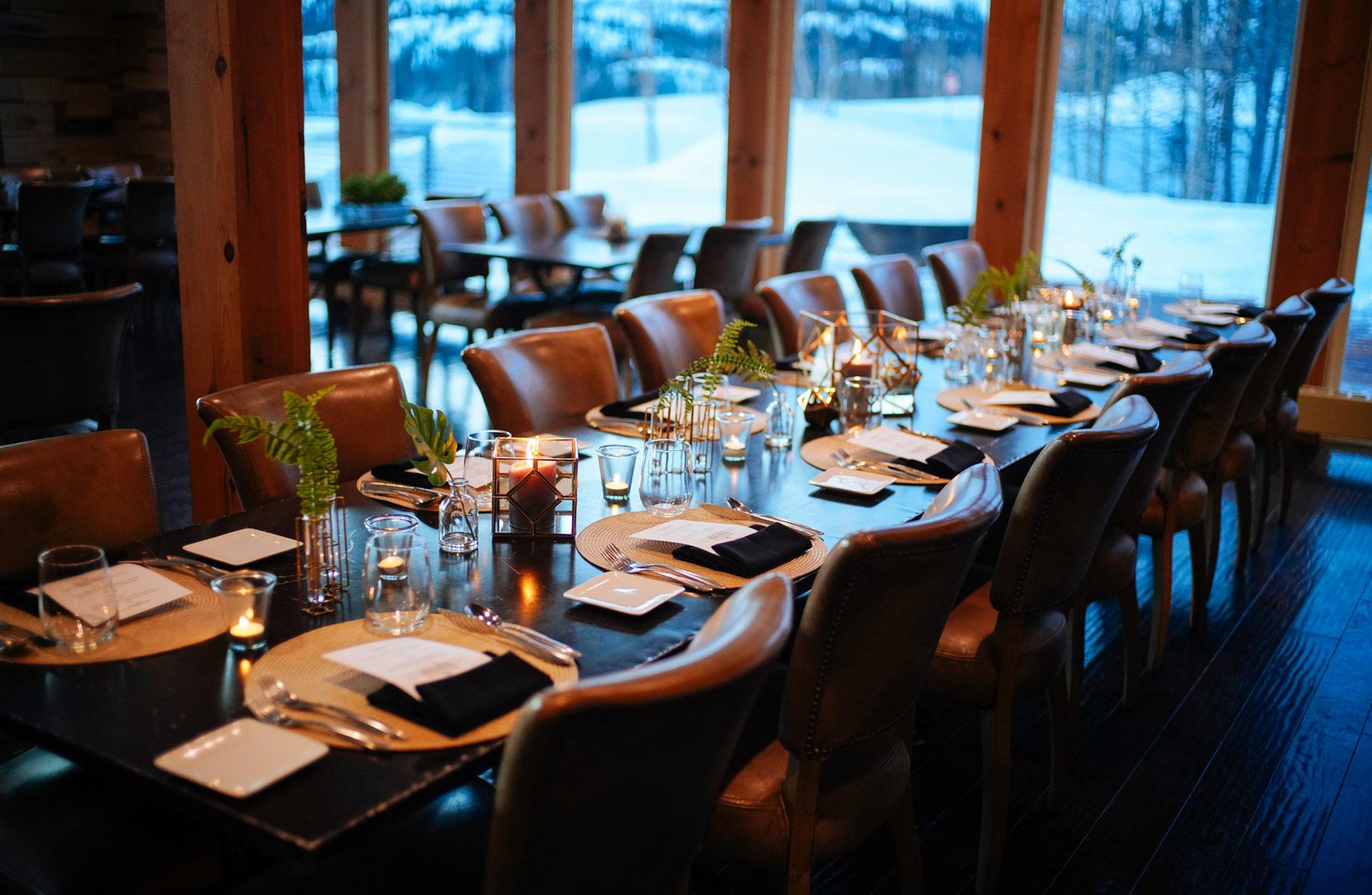 dinner table restaurant bar lounge tsaina lodge valdez alaska